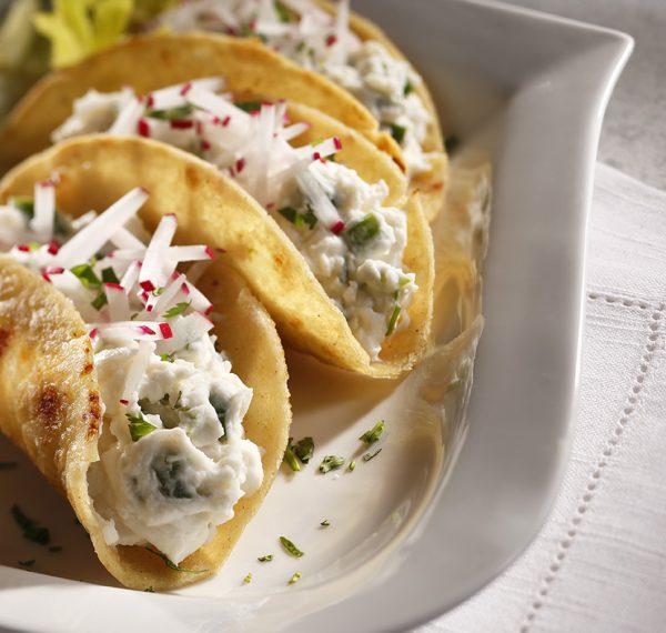 Papadillas Nachos with Peruvian Potato Dip